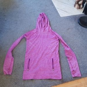Lululemon swiftly tech hoodie size 6